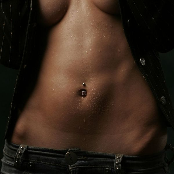 woman's toned midsection