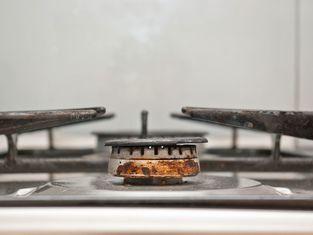 stove emitting carbon monoxide