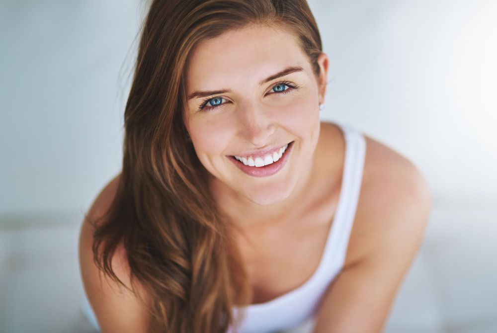 Smiling woman with beautiful smile