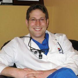 https://plus.google.com/113676761105604005900/about, , Dentist