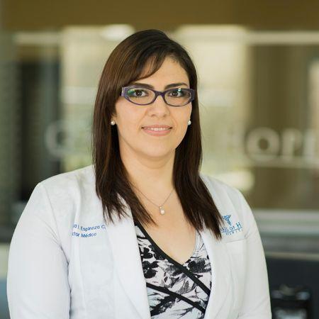 Dr. Rosa Espinoza