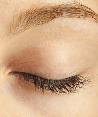 Close up of woman's eyelid