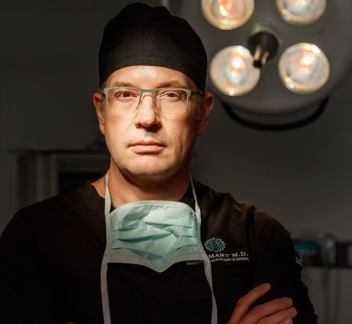 Photo of Dr. Smart in an operatory