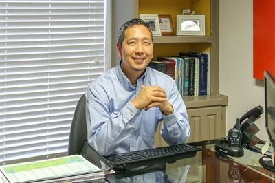 Image of our Dentist, Dr. Joshua Lee