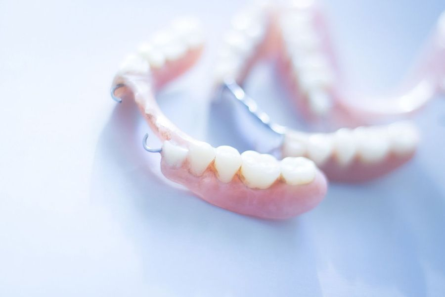 Attachment dentures
