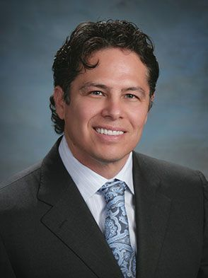 Dr. Ramon Robles
