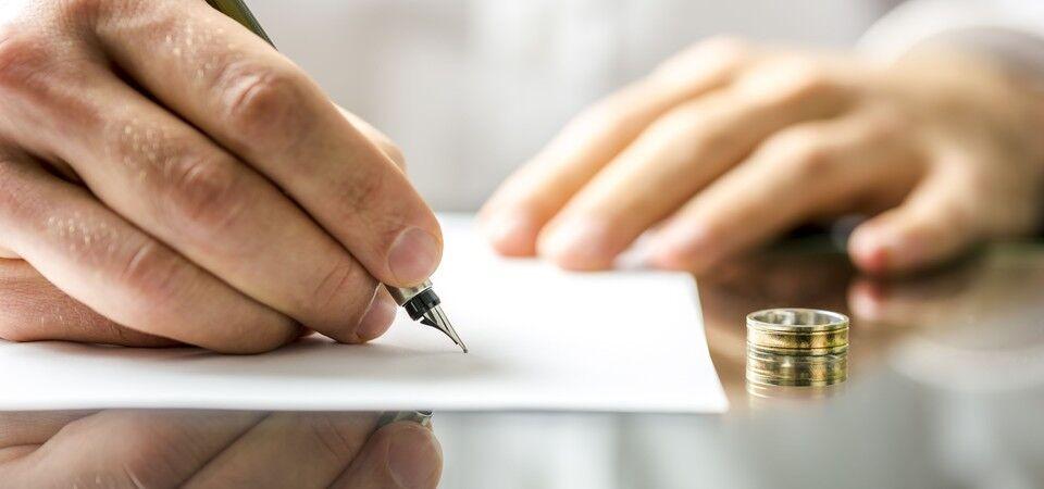 wedding ring, legal document