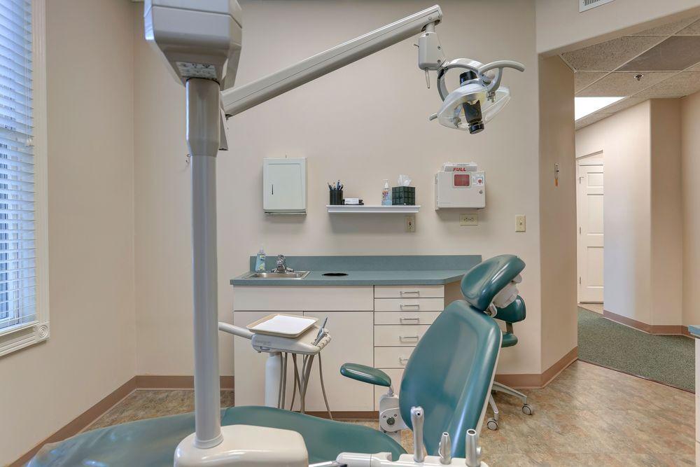 Elite Dental Care exam room