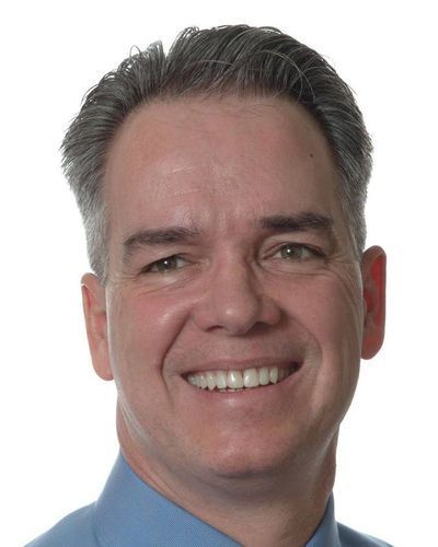 Photo of Dr. Tim Kelly