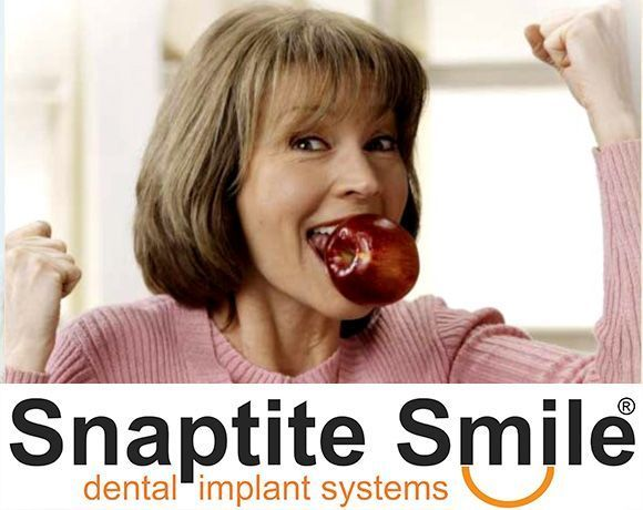 Photo of an older couple with the Snaptite Smile® logo