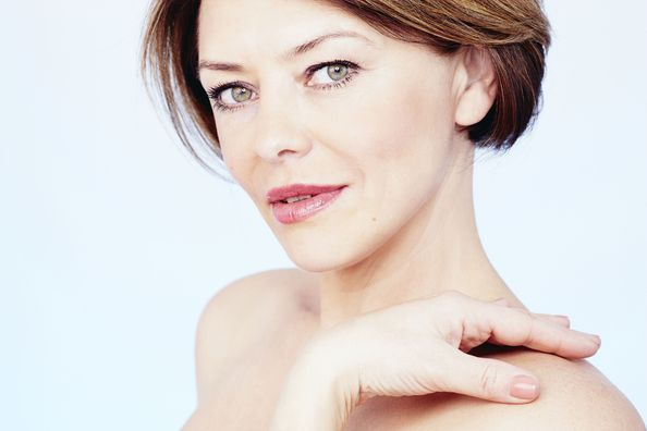 image of woman with JUVEDERM®