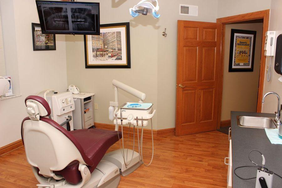 Photo of a dentist chair